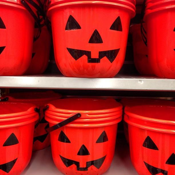 Halloween Cake Pop Baskets