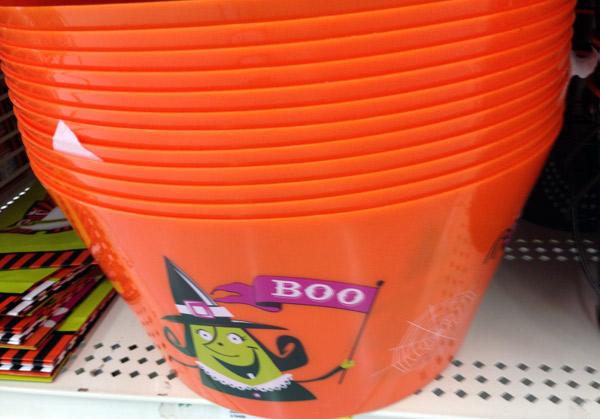 Halloween Cake Pops Basket